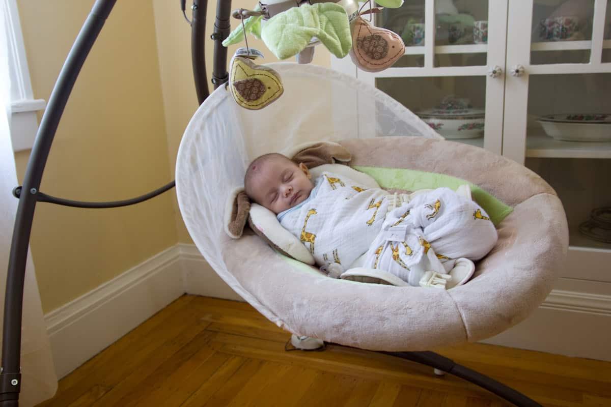 Schommelstoel Elektrisch Baby.Schommelstoel Baby Kopen Tips Koddie
